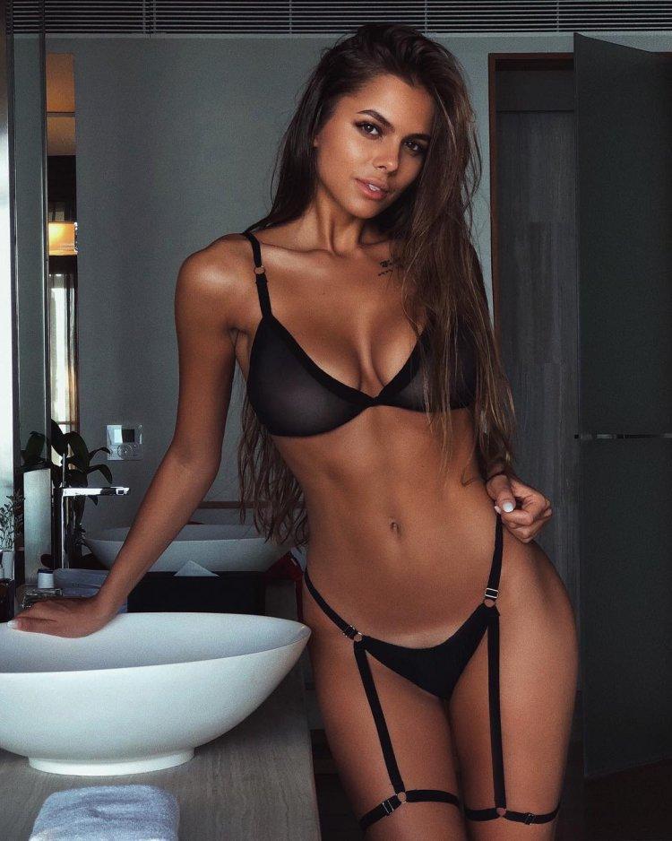 фото сексуальных девушек новосибирск очень много