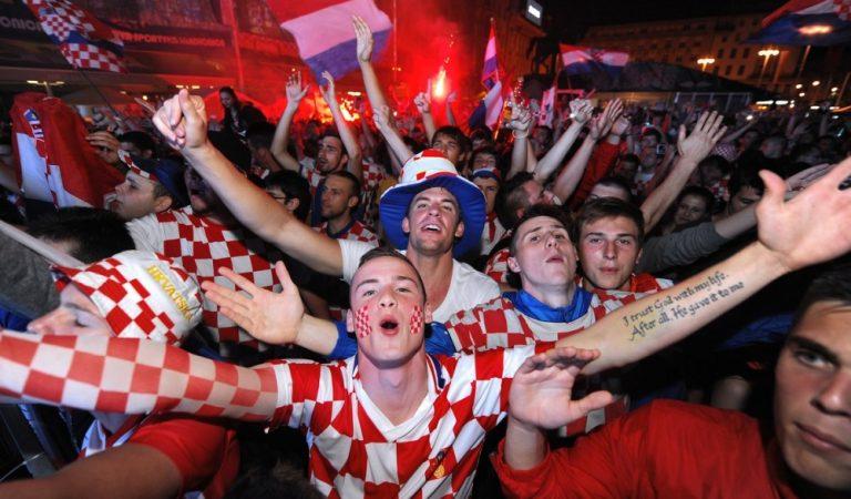 Футбольные фанаты из Хорватии с размахом отметили разгром их сборной над Аргентинской